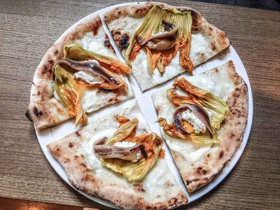 pizza-fiori-di-zucca-960x720.jpg
