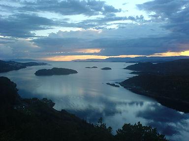Trondheims-Fjord-Norway.jpg