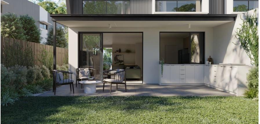 Arabella Exterior Courtyard 2 - The Isab