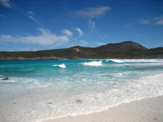 Rough Waters at Lucky Bay