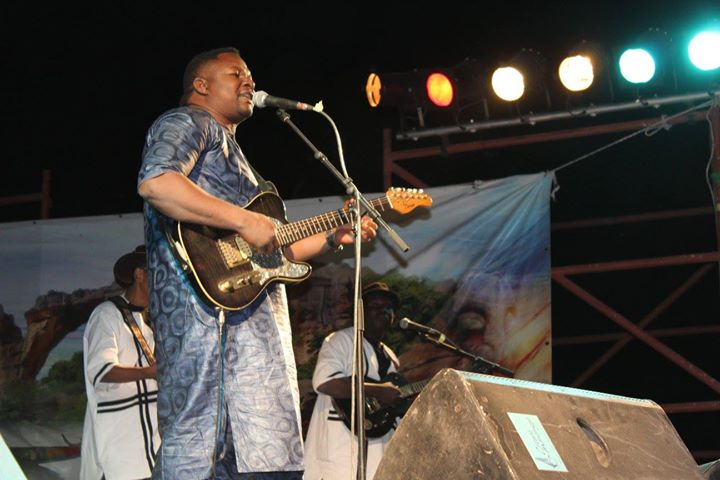 Hommage à Ali Farka Touré, 10 ans après!_Samba Samba Toure au Fescauris 2016