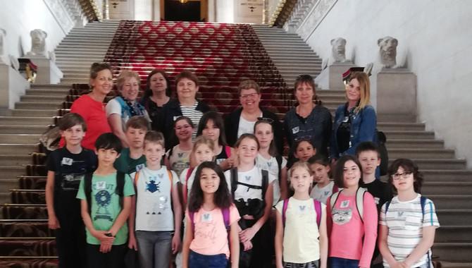 Visite du Sénat avec les élèves de CM1/CM2 de l'école de Trèves le vendredi 24 mai 2019