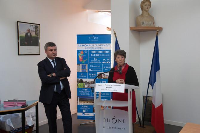 Signature partenariat Département du Rhône / Monts et Coteaux du Lyonnais le vendredi 25 novembre 20