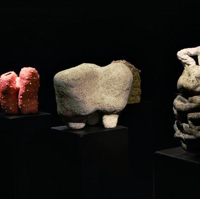 """Keramikos paroda """"Uola ir vėjas"""" Užupio meno inkubatoriuje"""