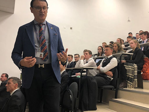 Dr. Trummer gives Walter McNicoll Defence Lecture 2019 at Abertay University Dundee, 20 Nov. 2019