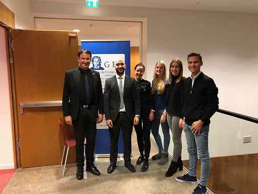 GFA supporter BNP Paribas gives company presentation at Hörsaalzentrum November 13th, 2019