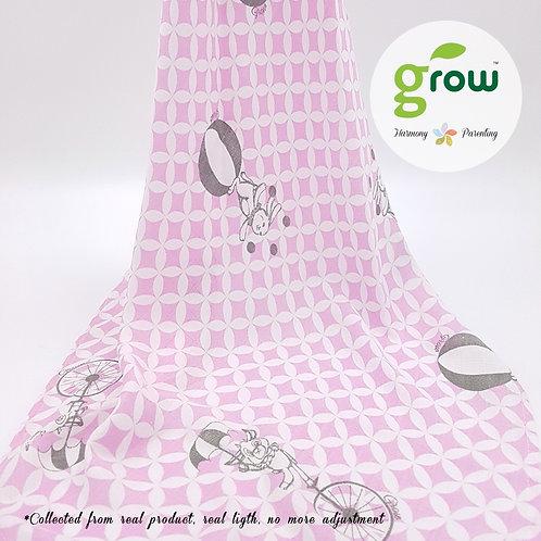 Grow Muslin Swaddle-ผ้าห่อตัวมัสลินใยไผ่ออร์เเกนิคลายFantasy Circus Pink