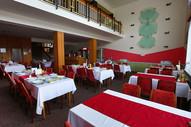 zotavovna-pracov-restaurace-09.jpg