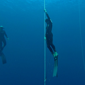 Embrace of the Deep   Freediving to 40m below