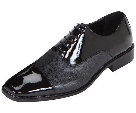 Amali Mens Tuxedo Oxford Dress Shoe With Patent Cap Toe And Pebble Grain
