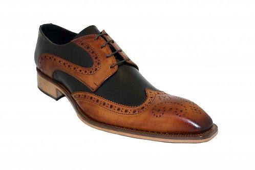 Cognac/Black Shoes