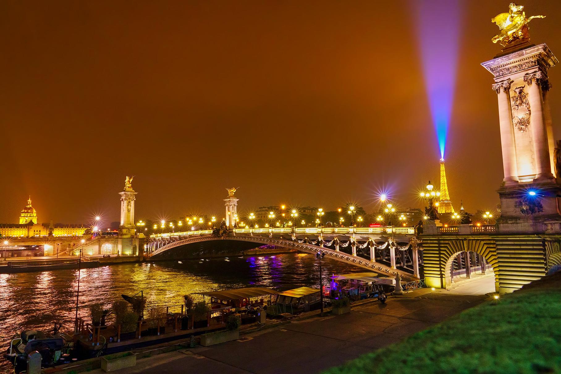 _VKS2123_Paris_11x14_300ppi.jpg