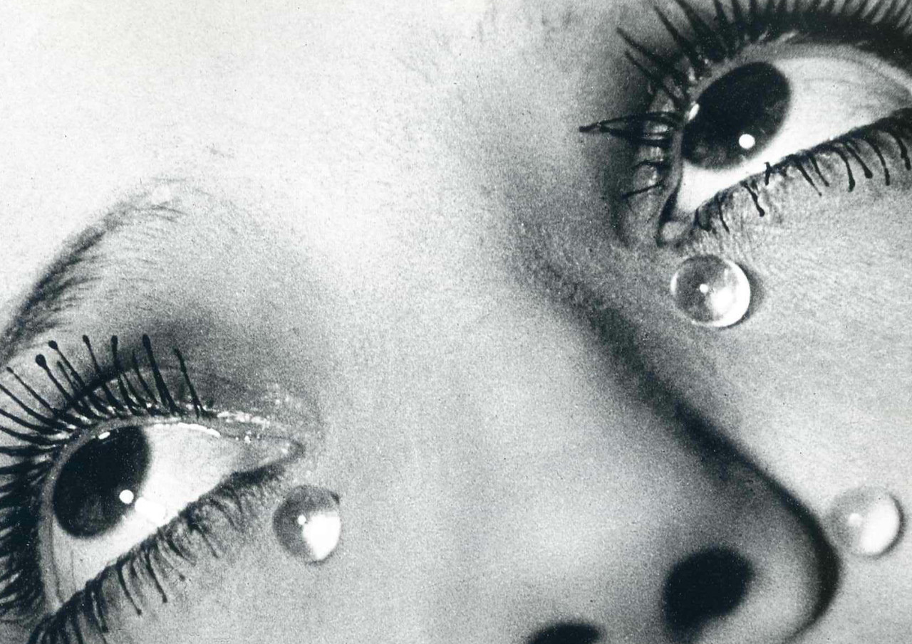 """Glass Tears"", Man Ray, 1932. Gelatin Silver Print. 22,9 cm x 19,8 cm"