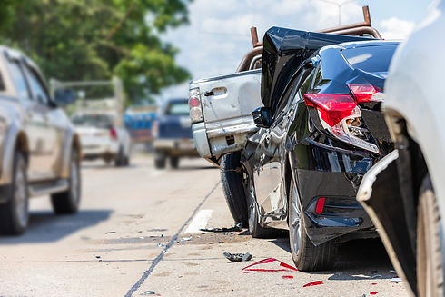 accident-involving-many-cars-on-the-road