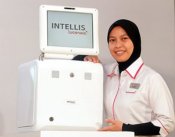 Nurse with Intellis.jpg