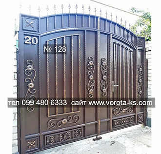 Металлические распашные ворота с калиткой внутри