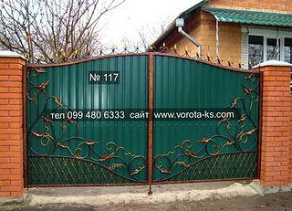 Ворота из профлиста зеленого цвета