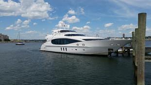 Luxury Yacht Transient Dockage