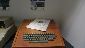 אפל 1 1976.jpg