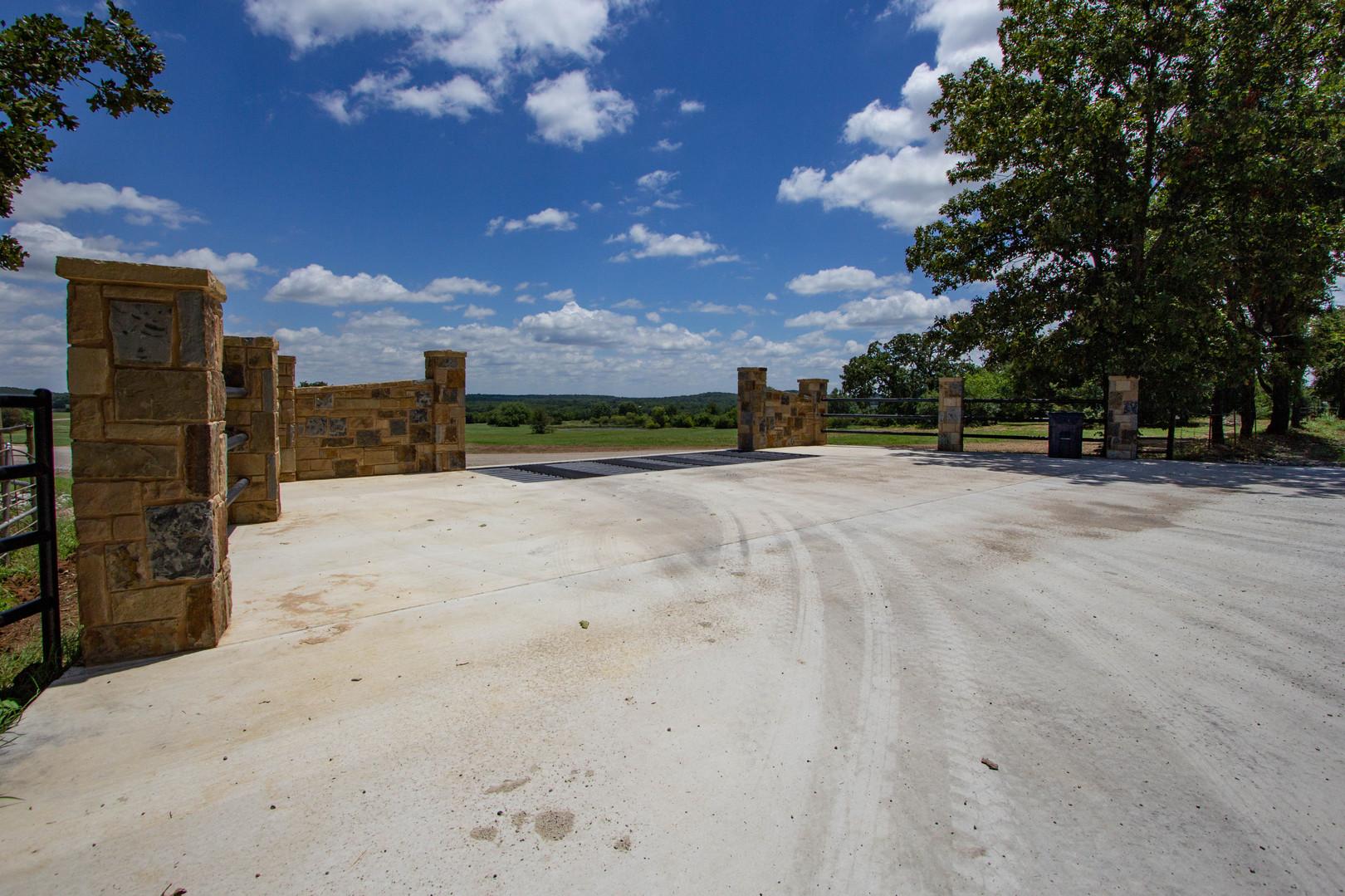 Entrance Oak Creek Ranch