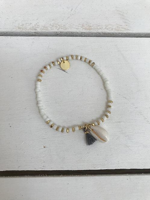 White Beaded Shell Bracelet