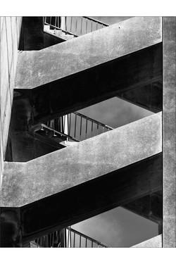 Hopital_st_Charles (detail_escalier_nord)_19_juillet_2008.jpg