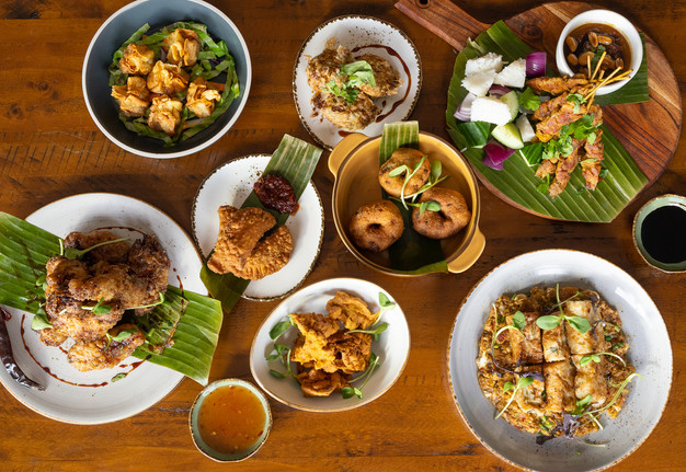 A Singaporean feast made for gathering