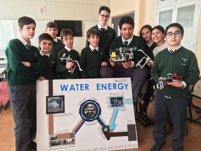 Alumnos del Proyecto CRECE en la First Lego League