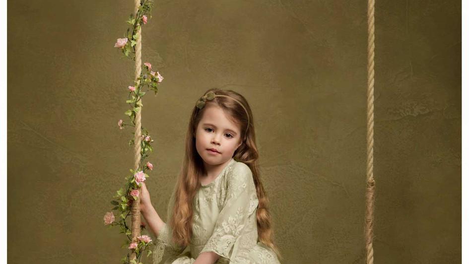 studio child pictures photographer edinburgh, fine art portraits