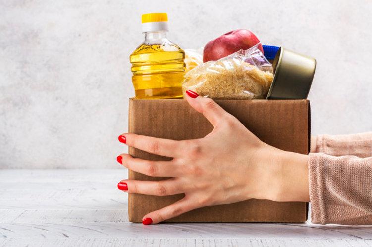 caja-donacion-alimentos_107389-1761.jpg