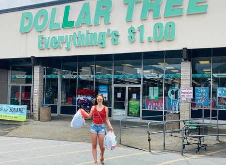 Favorite Party Items to Buy From The Dollar Store