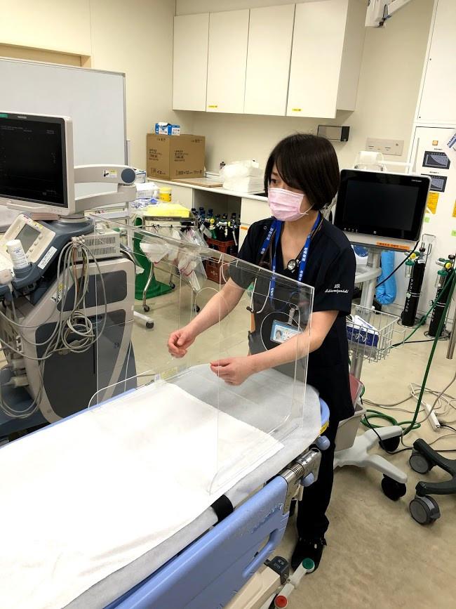 エアロゾルシールド 側面オープン型の検証(協力:一宮西病院)