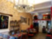 Une salle atypique et conviviale