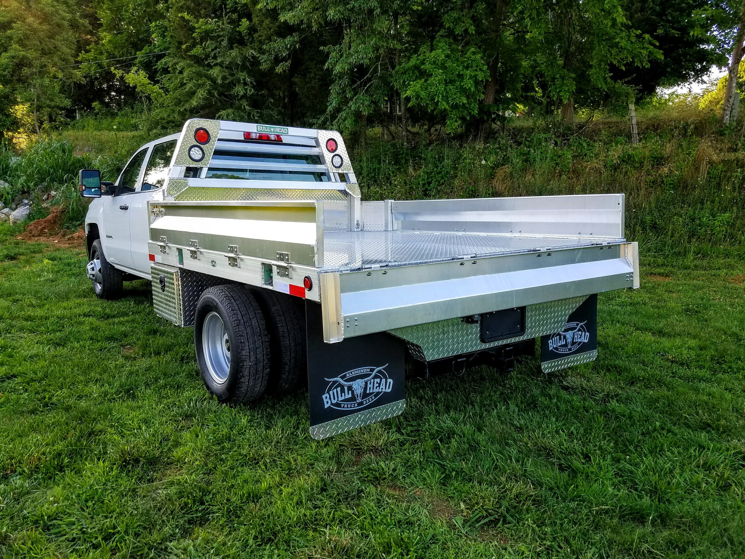 Aluminum Bed-Tailgate Down
