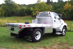 Ford F-650 and F-750 5th Wheel Bed