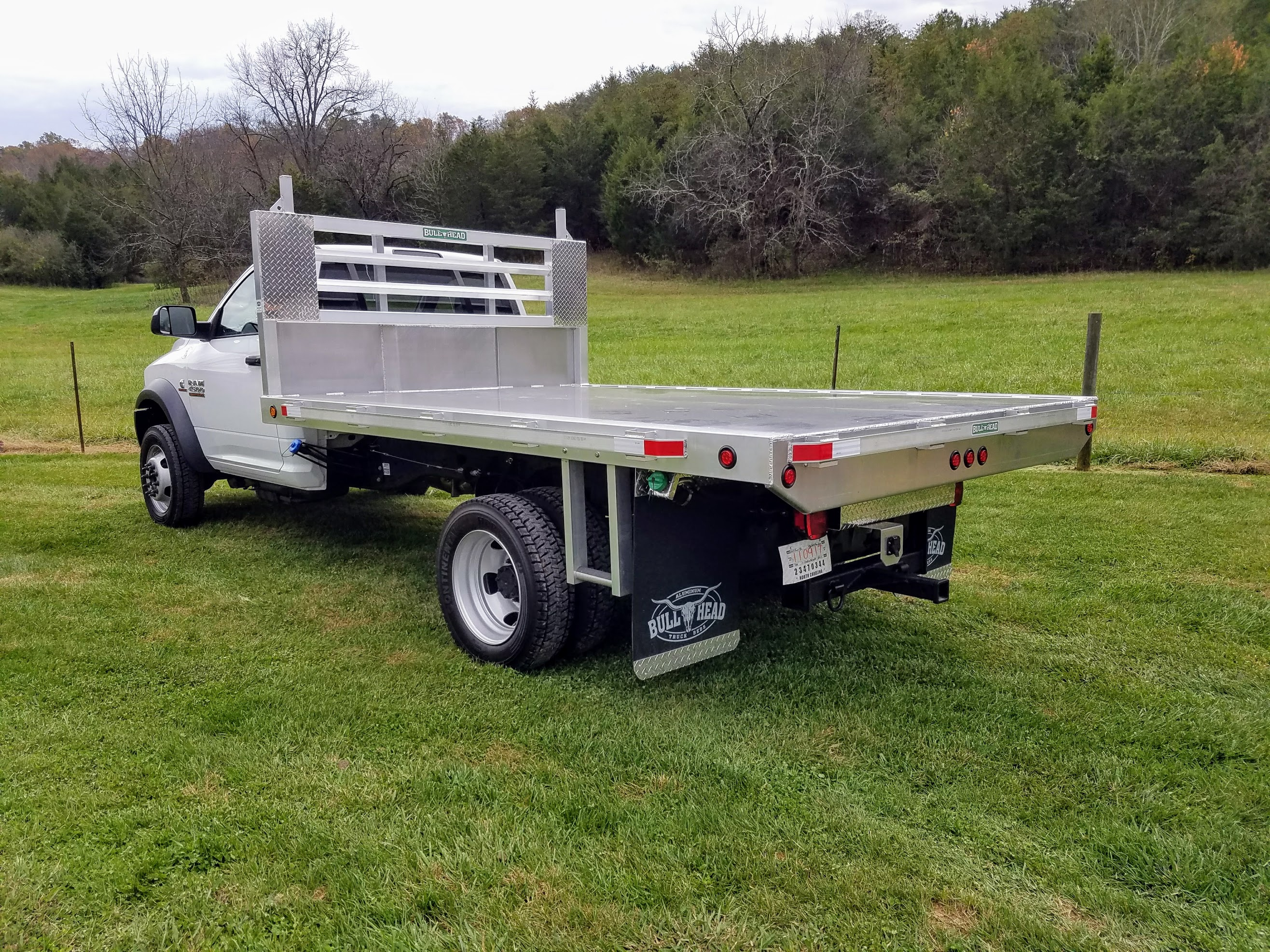 Dodge RAM 4500 Flatbed Dump Bed