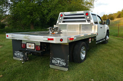 Dump Bed with 5th Wheel