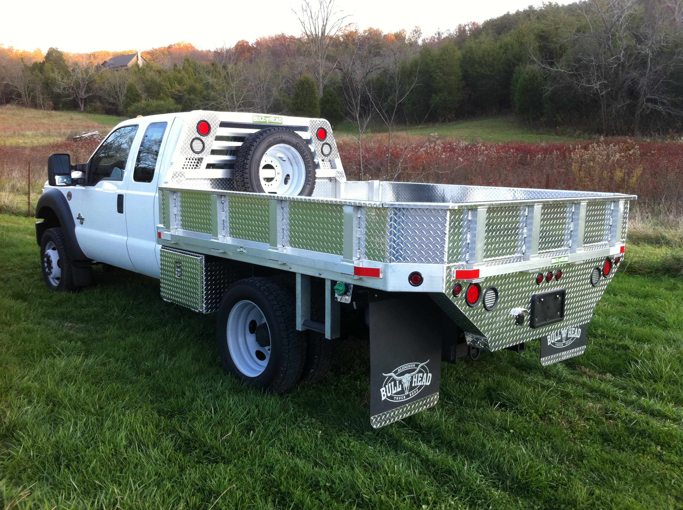 Ford F-550 Dump Bed