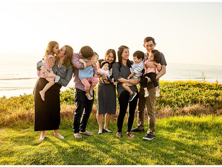 Navigating an Extended Family Session | San Diego Family Photographer