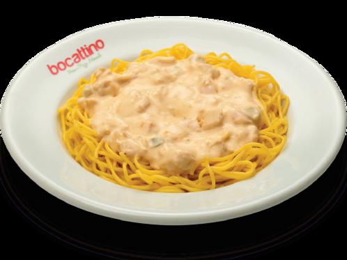 Spaghetti ao Molho de Strogonoff de Frango