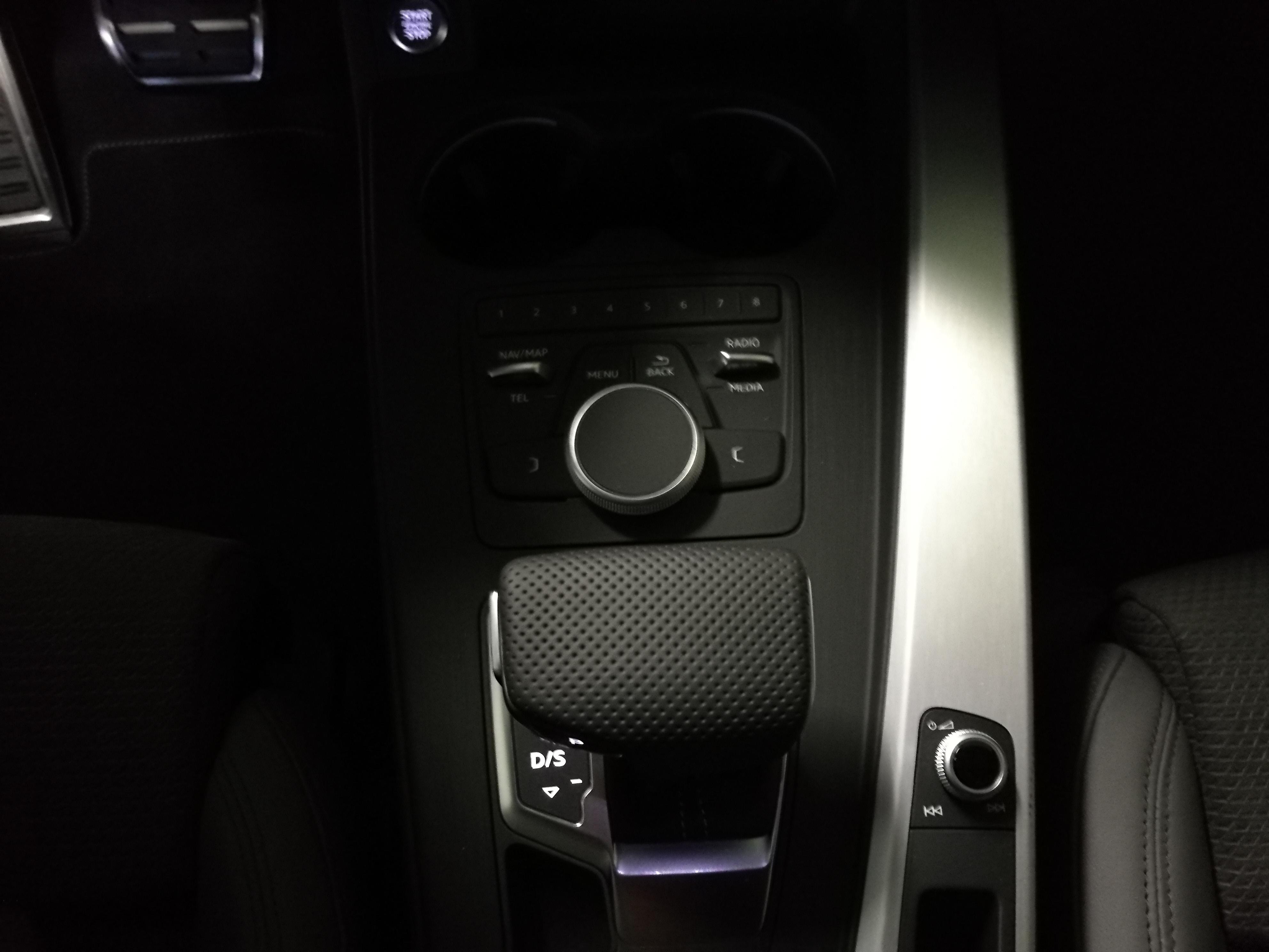 AUDI A5 TFSI SLINE (8)