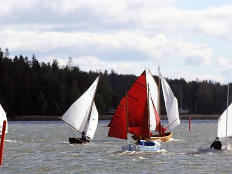 Vauhtia ja dramatiikkaa Äyskäri-purjehduksessa