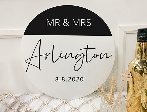 Half Circle Double-Layer Mr & Mrs Sign