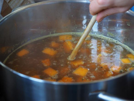 Gut Healing with Bone Broth & Meat Stock