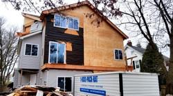 3 Floor House Nonconforming Construction