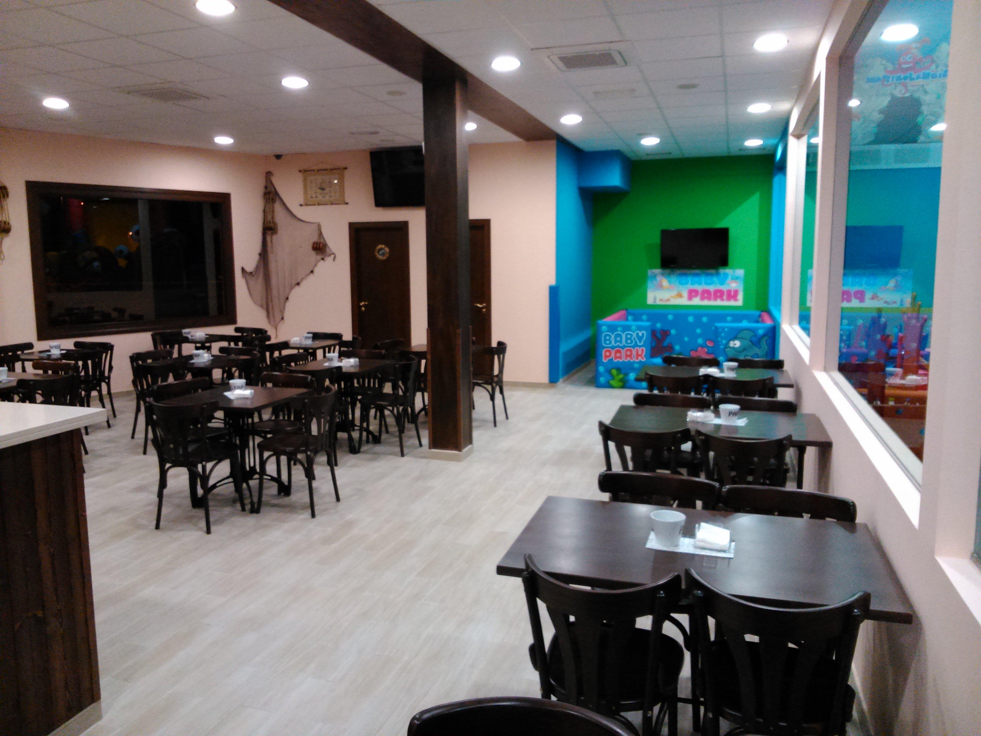 CAFETERÍA DE MARINOLANDIA