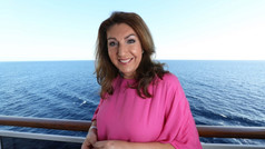 PREVIEW: Cruising With Jane McDonald (May 2021), Channel 5