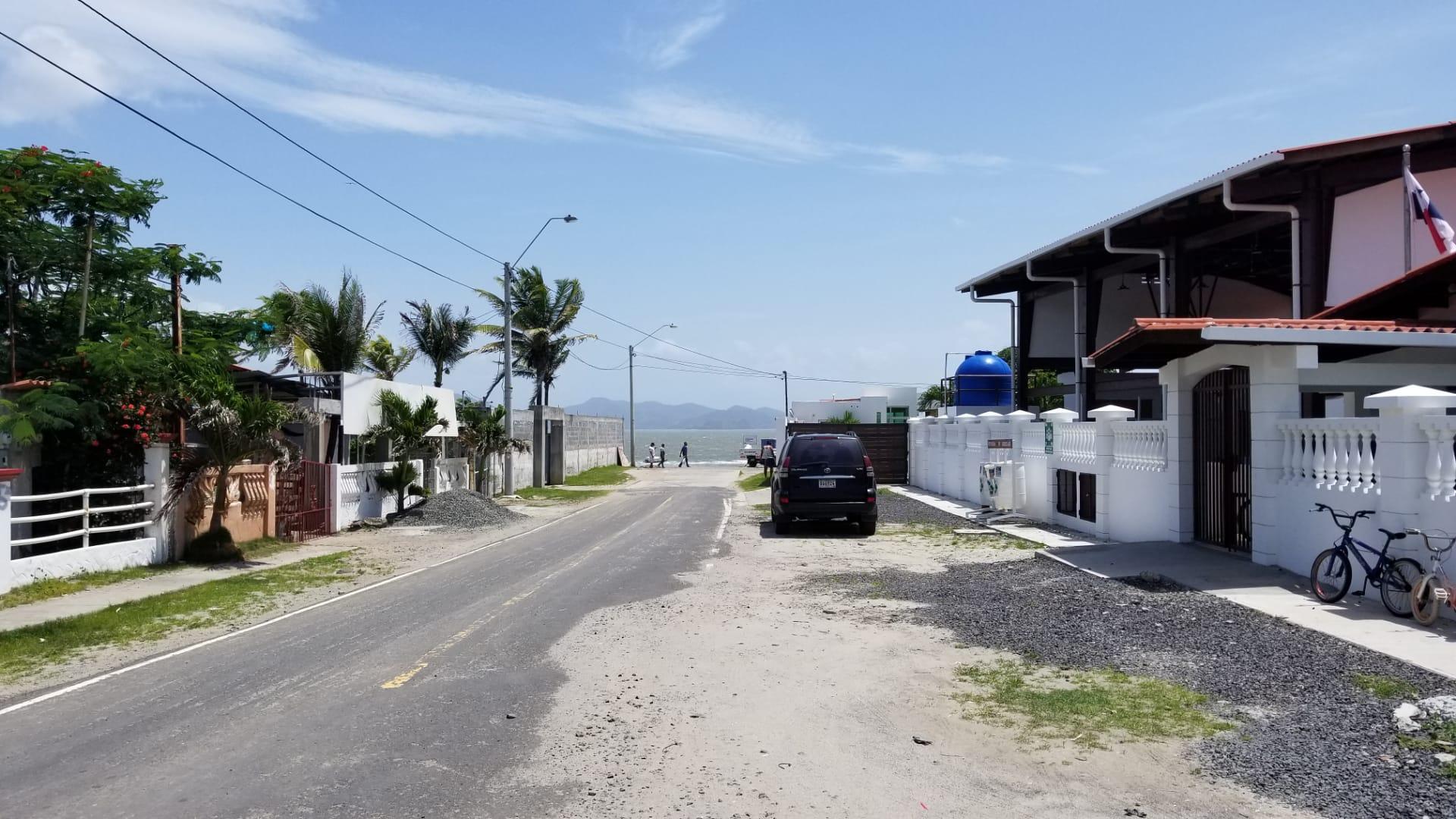 kw-MJL1901 calle a la playa