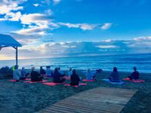 beach yoga marbella