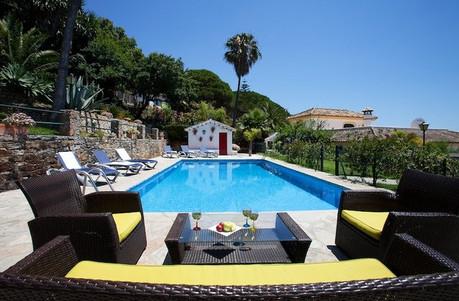 Luxury retreats for ladies Spain
